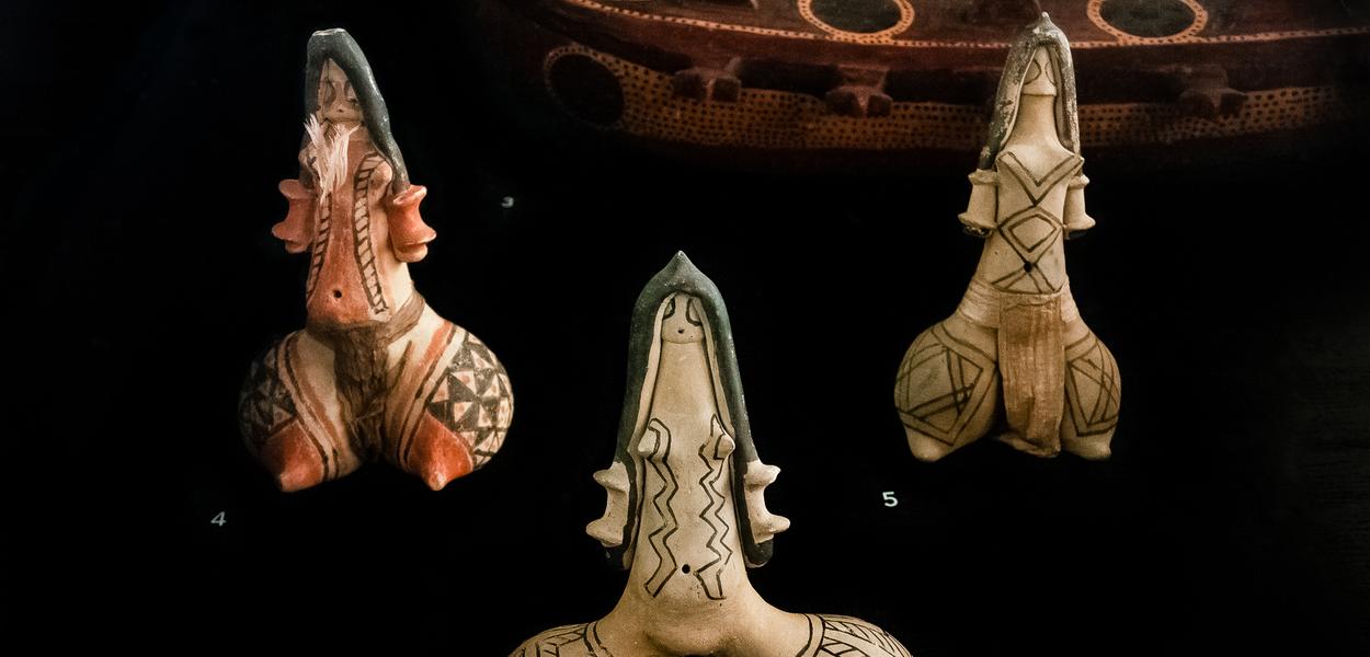 Image Confecção de bonecas Karajás